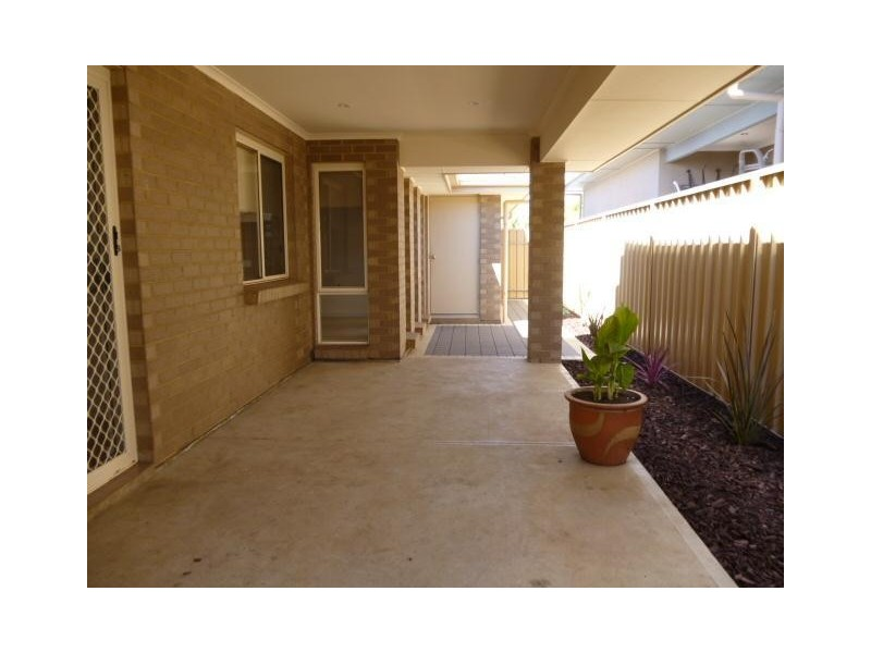 4 Burton Bank, Aldinga Beach SA 5173