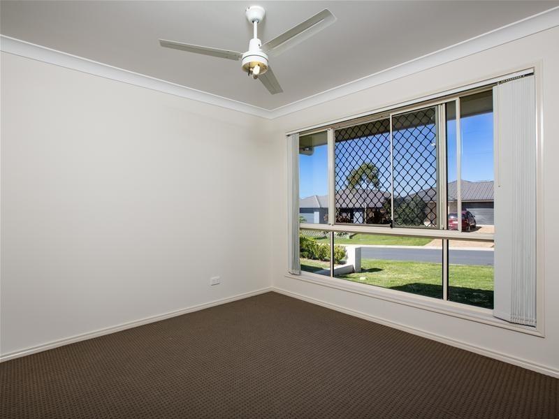 28 Sunstone Circuit, Mango Hill QLD 4509