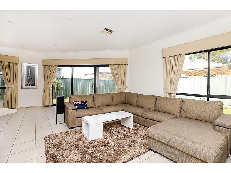 5 Emerald Boulevard, Aldinga Beach SA 5173