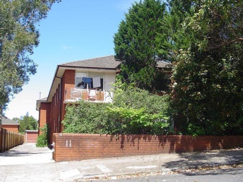 2/11 Cecil Street, Ashfield NSW 2131