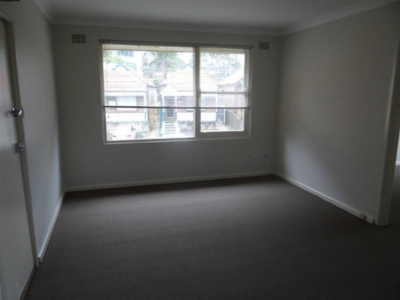 4/3 Queen Street, Ashfield NSW 2131