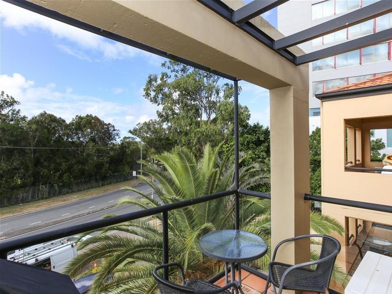 39/24 Slatyer Avenue, Bundall QLD 4217