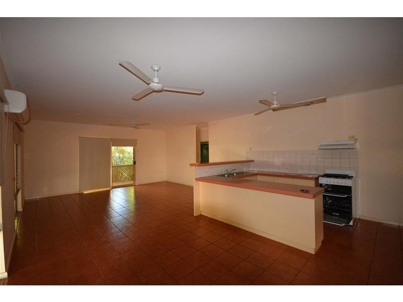 5B Chippindall Place, Cable Beach WA 6726