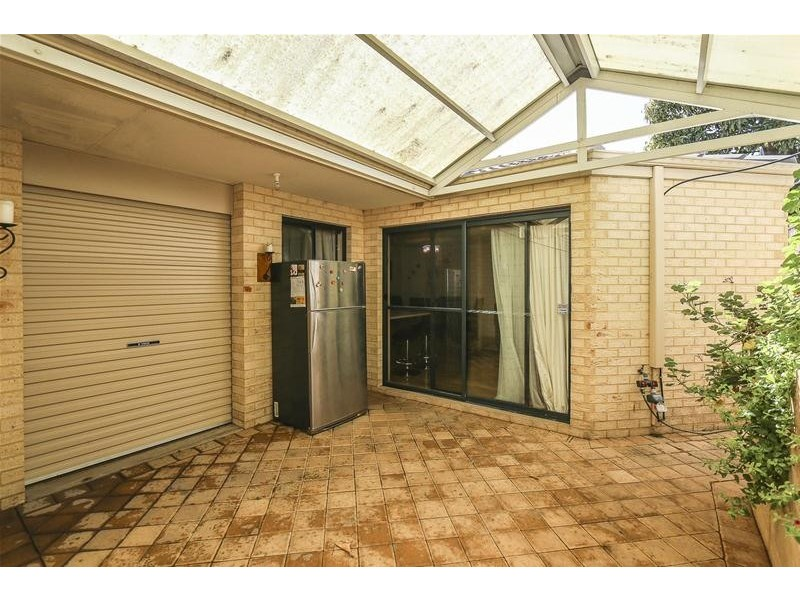 16A Dormans Road, Morley WA 6062