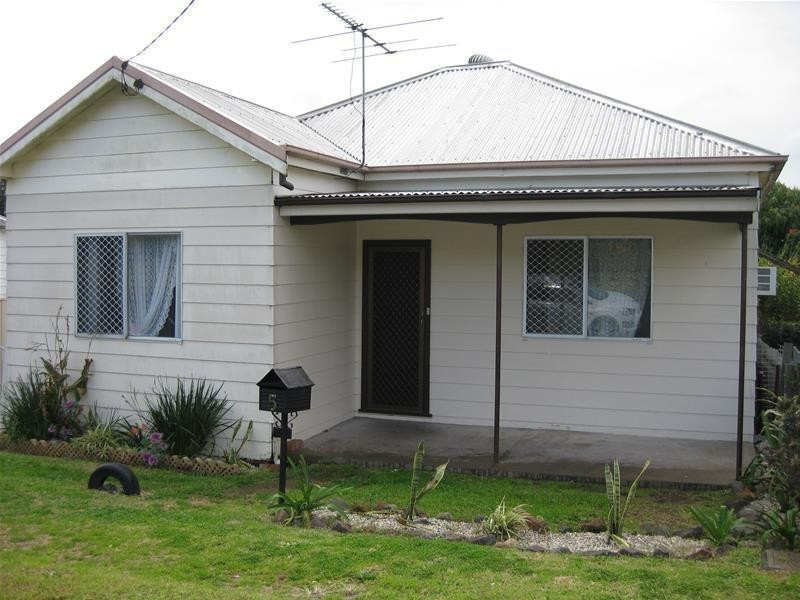 5 Brunker Street, Kurri Kurri NSW 2327