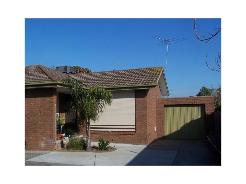 2/48 Manning Drive, Noble Park North VIC 3174