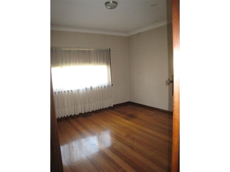 13 Edith Street, Dandenong VIC 3175