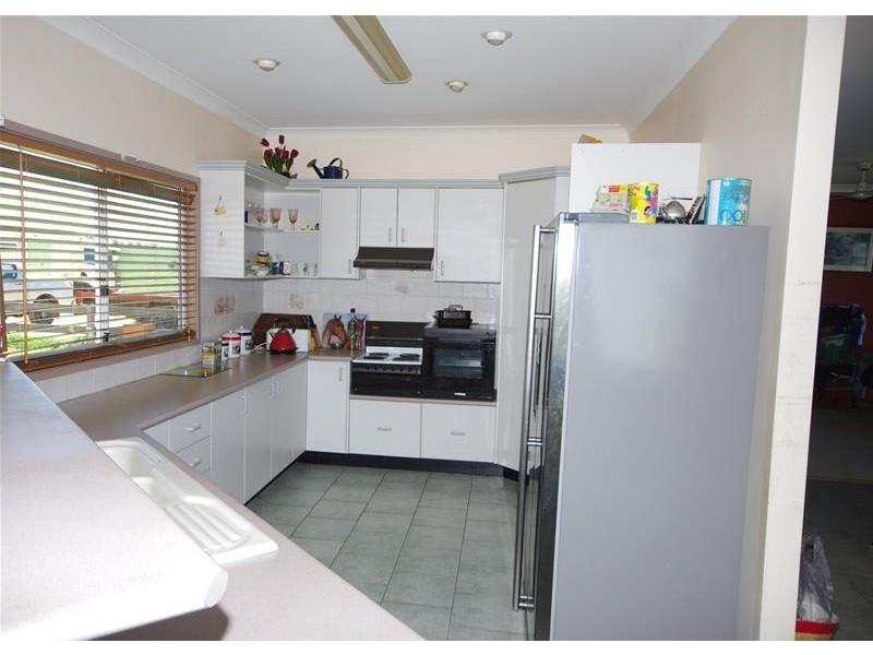 3 Binni Creek Road, Cowra NSW 2794