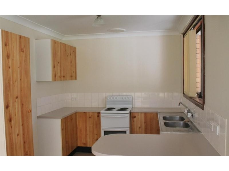 1/7 Campbell Place, Nowra NSW 2541