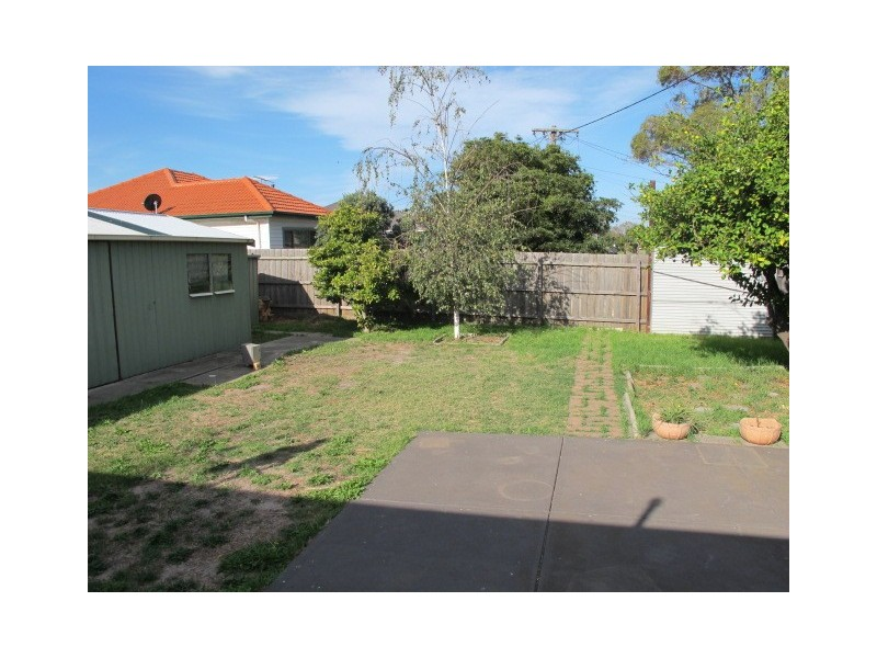 24 Cooper Avenue, Altona North VIC 3025