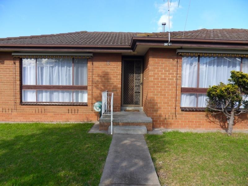 1b Ronald Avenue, Altona North VIC 3025