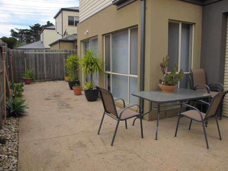 2B Marigold Avenue, Altona North VIC 3025