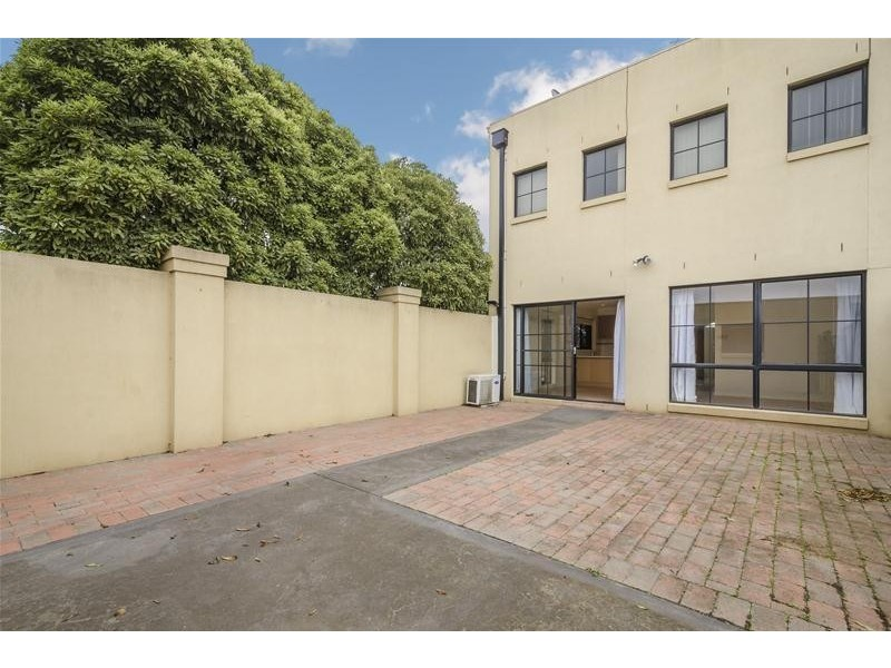 1/10 Edwards Road, Werribee VIC 3030