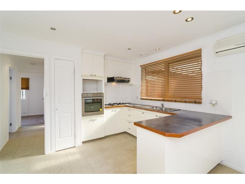 26 Dobell Crescent, Werribee VIC 3030