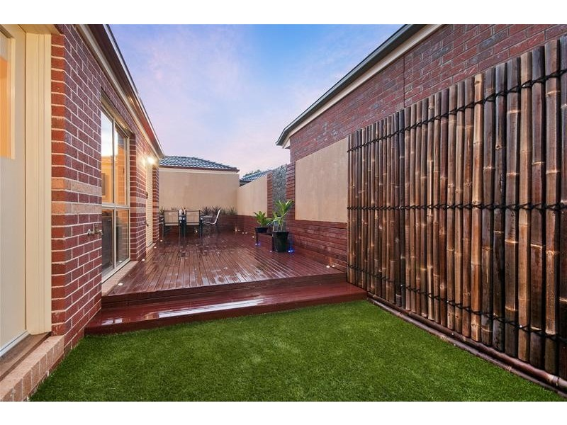 1/7 Trinca Court, Werribee VIC 3030