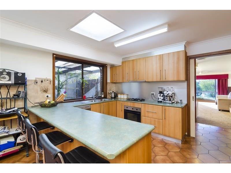9 Grosvenor Place, Werribee VIC 3030