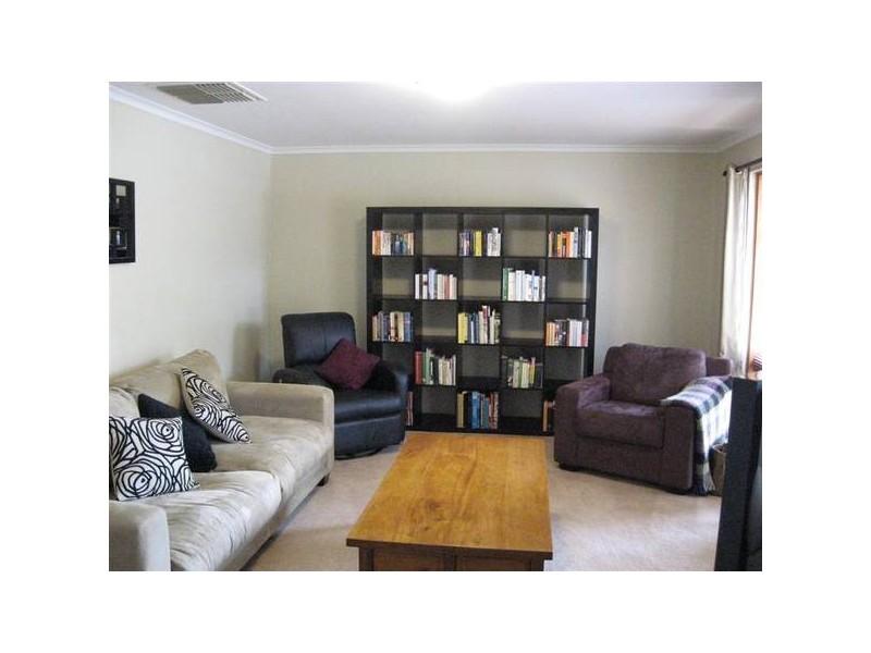 58 Southbound Avenue, Aberfoyle Park SA 5159