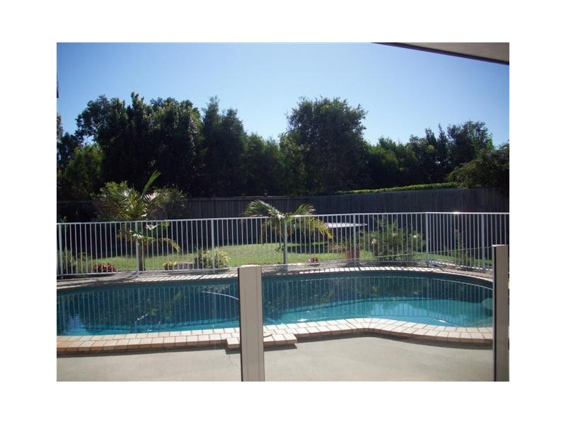 22 Oxford Parade, Pelican Waters QLD 4551