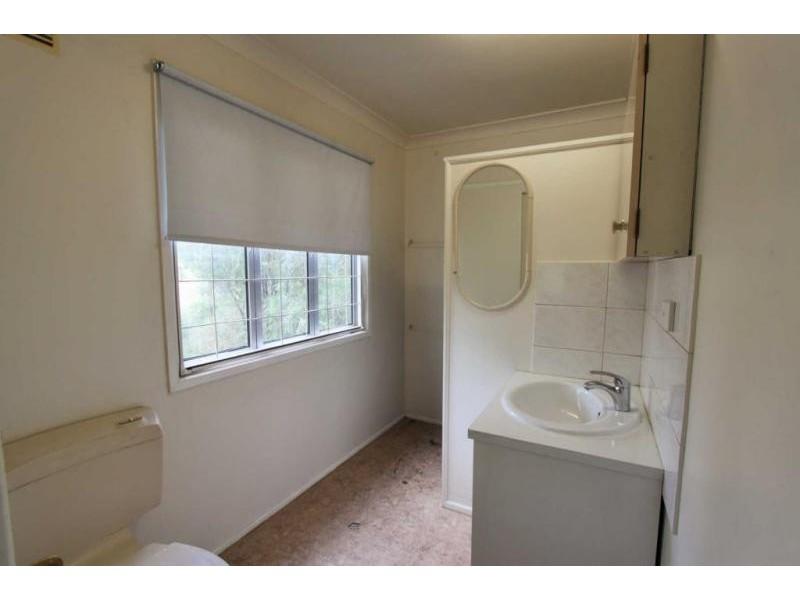 19 MacGregor Street, Woodend QLD 4305