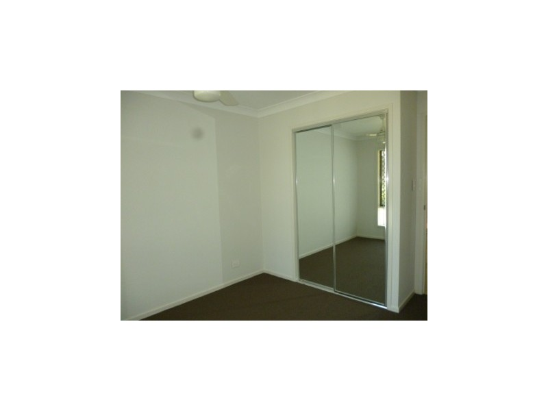 10 Bowen Place, Blackstone QLD 4304