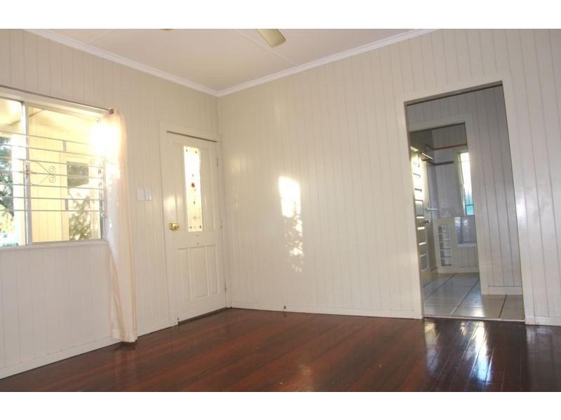 89 Jacaranda Street, East Ipswich QLD 4305