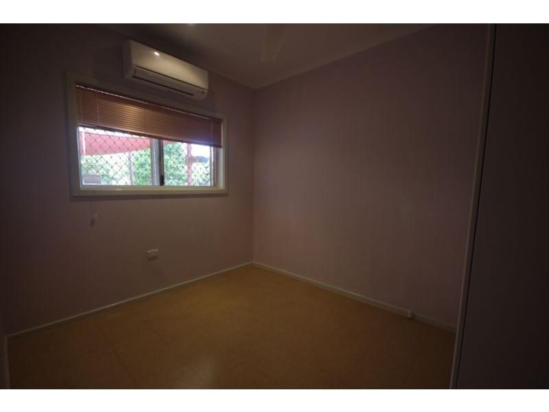 8E Lathwell Close, Nickol WA 6714
