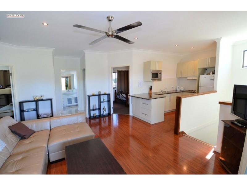 112 Riverview Drive, Burrum Heads QLD 4659