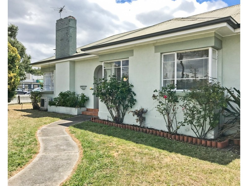 1 Birch Avenue, Newstead TAS 7250