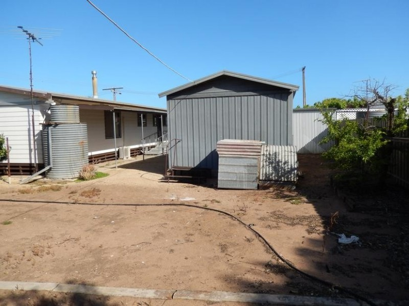 3 Emeu Street, Port Clinton SA 5570