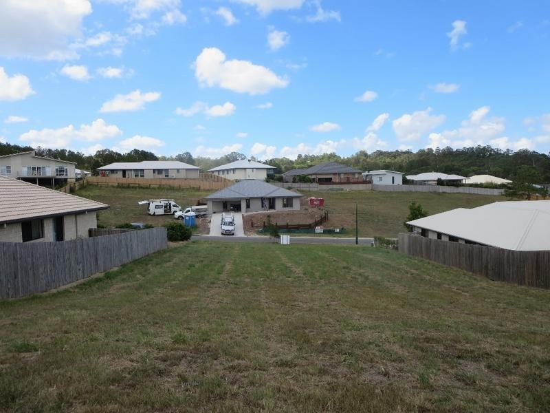 61 Robertson Drive, Burnside QLD 4560