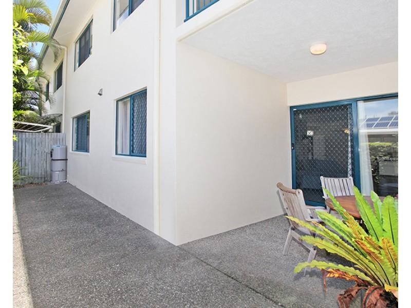 2/19 Pandanus Street, Mudjimba QLD 4564