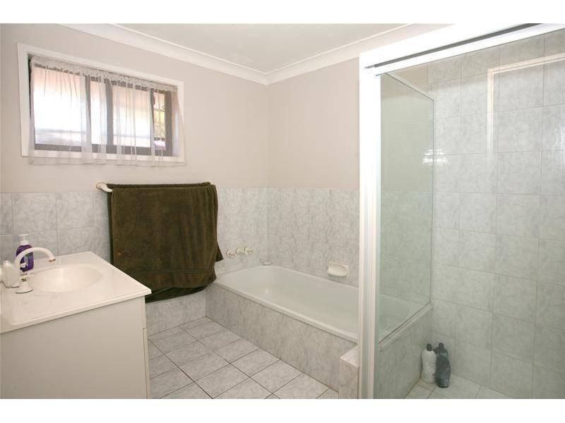 14 Hokitika Street, Broadbeach Waters QLD 4218