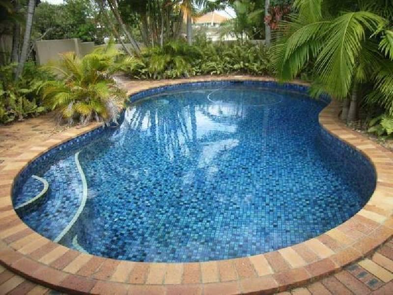7 Goolagong Court, Broadbeach Waters QLD 4218