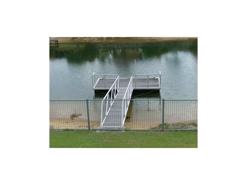6 Yunga Court, Broadbeach Waters QLD 4218