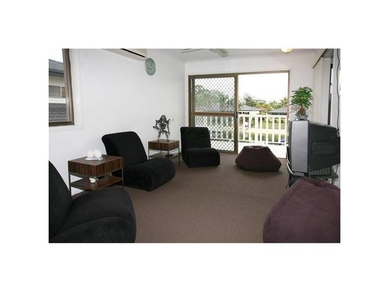 8 Cypress Drive, Broadbeach Waters QLD 4218