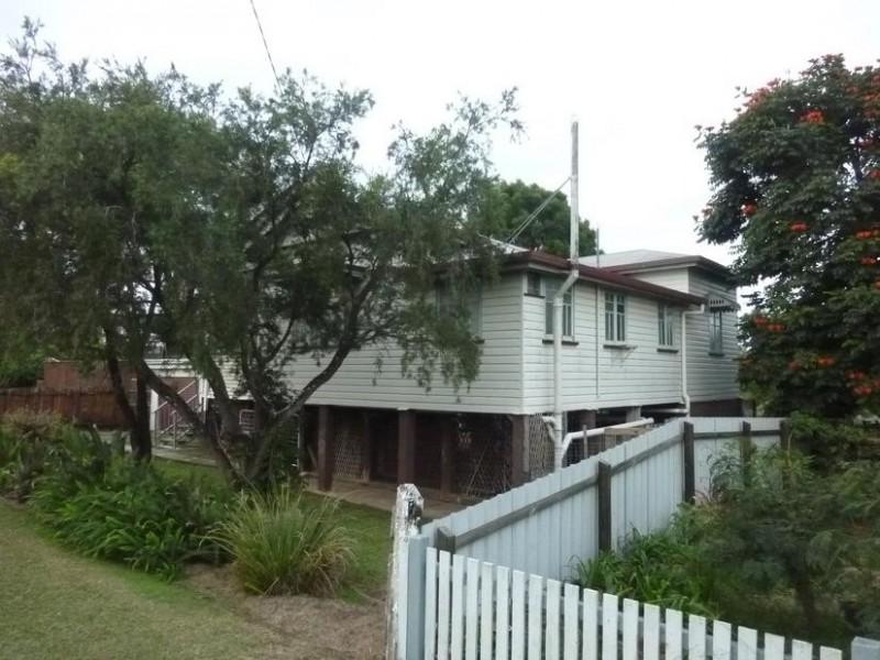 11 GEORGE STREET, Biggenden QLD 4621