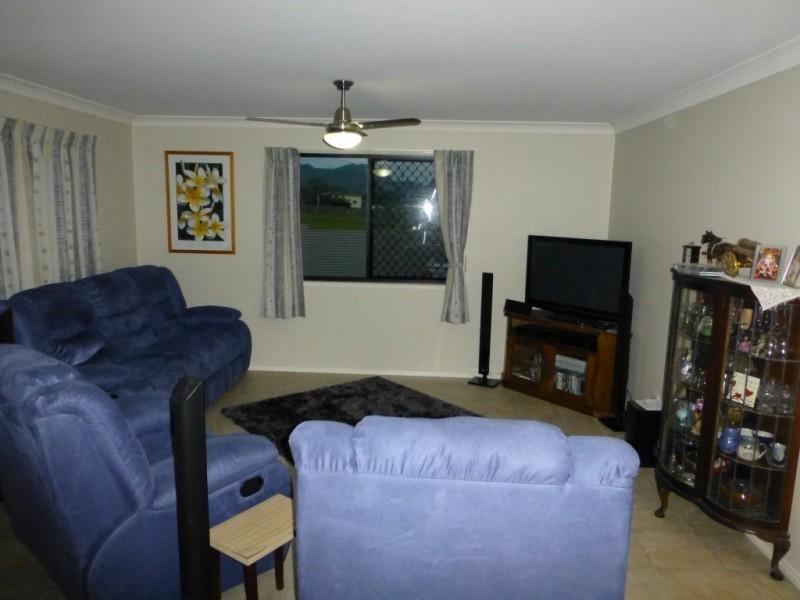 22 HORTON STREET, Biggenden QLD 4621
