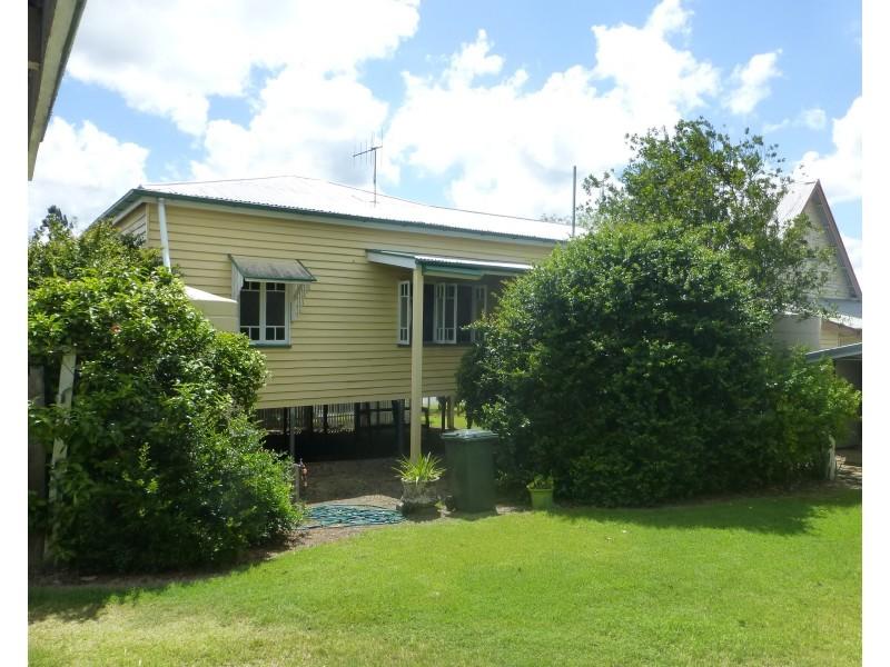 34 George Street, Biggenden QLD 4621