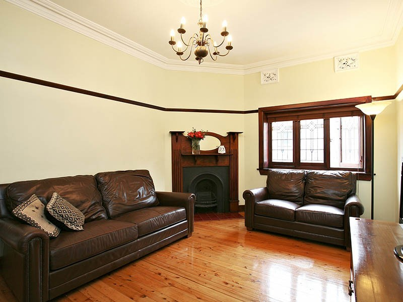 9 Roslyn Street, Ashbury NSW 2193