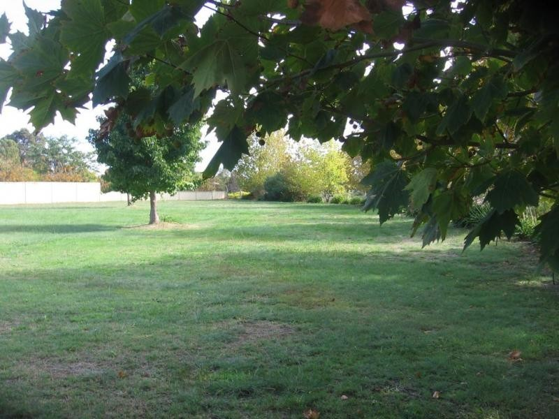 2 Leschenaultia Circle, Donnybrook WA 6239