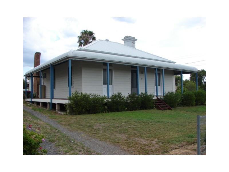 18 Walker Street, Aberdeen NSW 2336