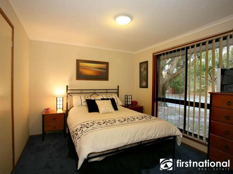 2/81 Princes Highway, Beaconsfield VIC 3807