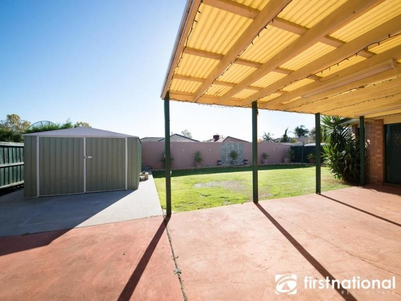 10 Rich Walk, Narre Warren South VIC 3805