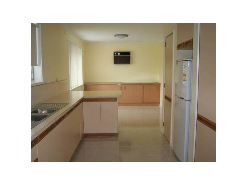 Springwood Avenue, Narre Warren VIC 3805