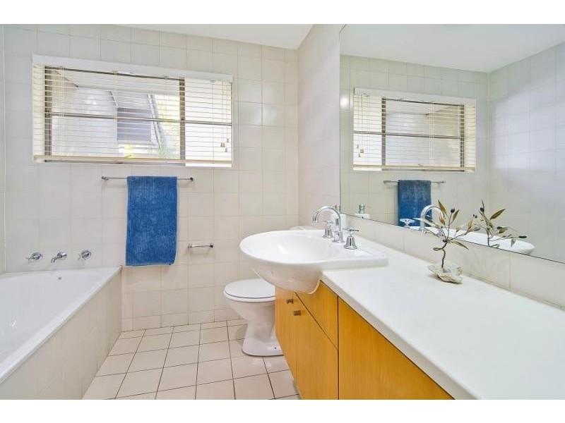 2/365 Miller Street, Cammeray NSW 2062