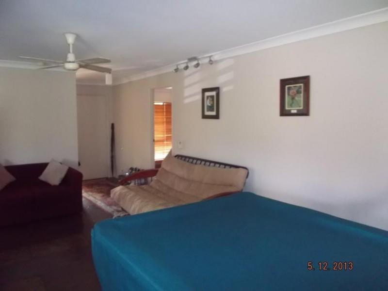 4 Kuranya Court, Arana Hills QLD 4054