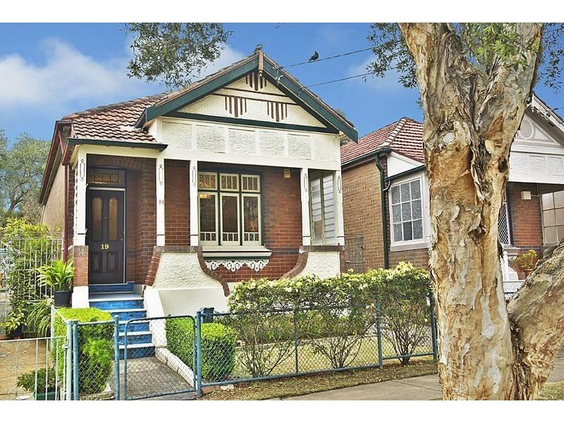 19 Third Street, Ashbury NSW 2193