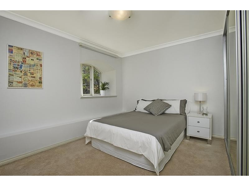 6/2-4 Sugar House Road, Canterbury NSW 2193