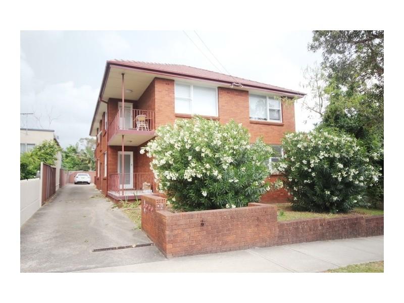 2/18 Queen Street, Ashfield NSW 2131
