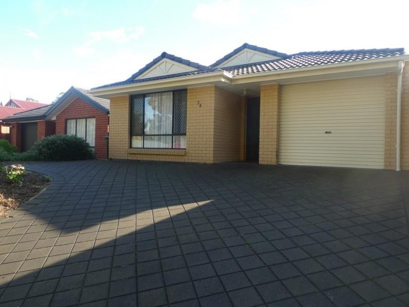 24 New York Road, Aberfoyle Park SA 5159